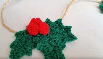 Crochet Holly leafs 1