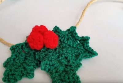Crochet Holly leafs 5