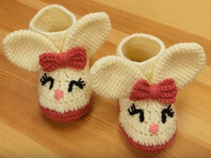 Crochet Winter Baby Booties 2