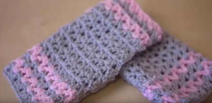 Crochet Holly leafs 3