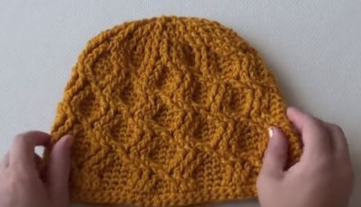 Crochet beanie with cable stitch 1