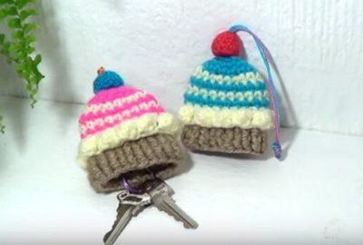 Cupcake Crochet keycover 1