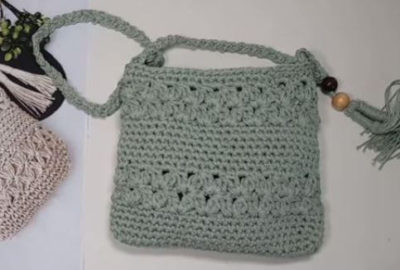 Crochet sling bag with Jasmine stitch 6