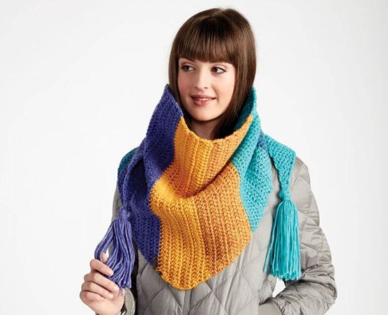 Colorful Kerchief Crochet Scarf 1